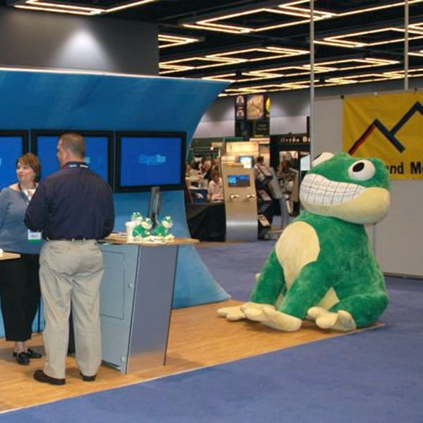 Smiling Frog Large trade show